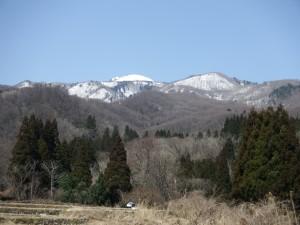 白瀬集落から眺めた金剛山