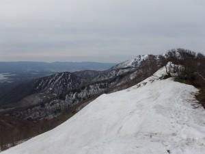 燭台禿の残雪