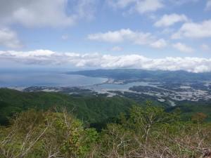 天狗岩付近からの両津湾・加茂湖を望む