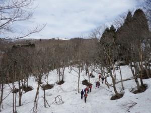 アオネバ十字路~マトネ間は残雪多し