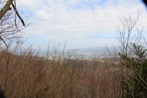 両津湾、加茂湖を望む